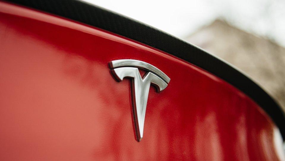 Dlaczego nowa strategia biznesowa Elona Muska ma głęboki sens
