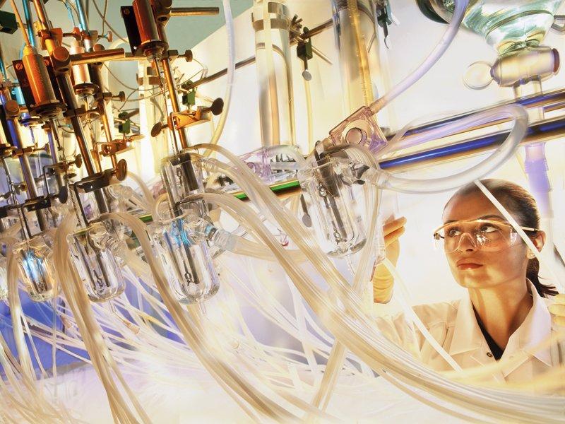 Sektor farmaceutyczny: mariaż biznesu inauki