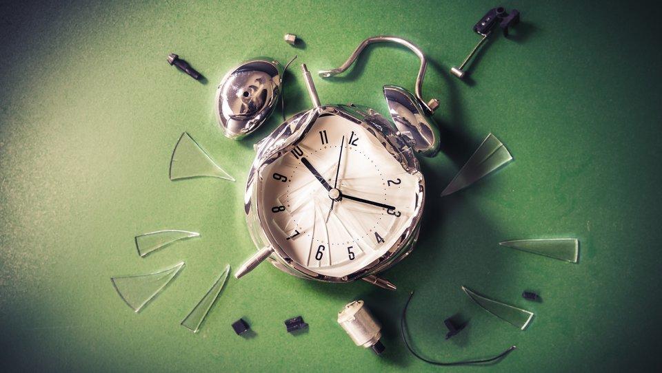 Pracujesz do późna, jesteś przemęczony? Oto, co powinieneś zrobić