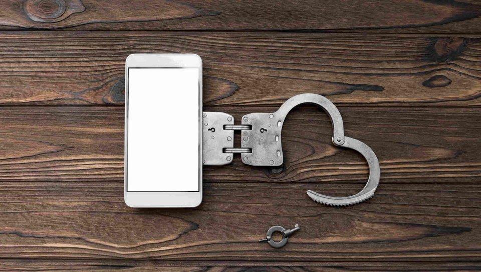 Sześć sposobów, jak poradzić sobie zuzależnieniem od smartfona