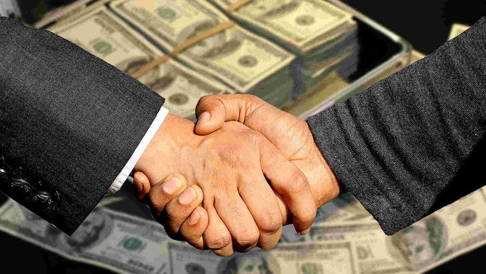 Pożyczka przez internet - na czym polega?