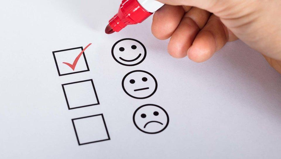 Pisemny feedback: jak wykorzystywać go do rozwoju organizacji?