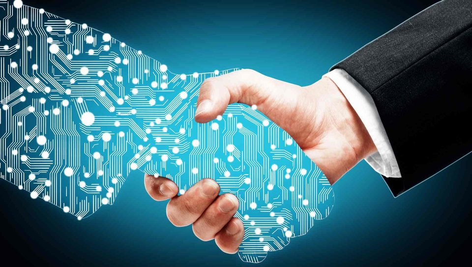 Tradycyjny biznes zmierza ku cyfryzacji