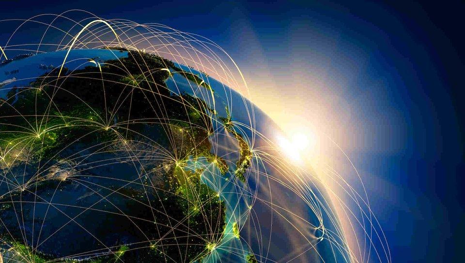 Globalna komunikacja wlokalnym opakowaniu
