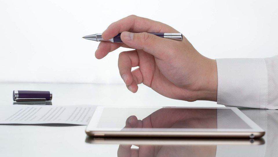 Jak digitalizować firmowe dokumenty?