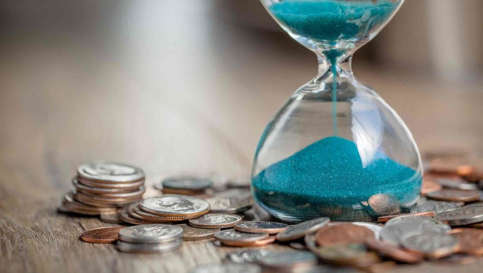 Jak negocjować pierwszą pensję? Rozwiewamy 10 kluczowych mitów