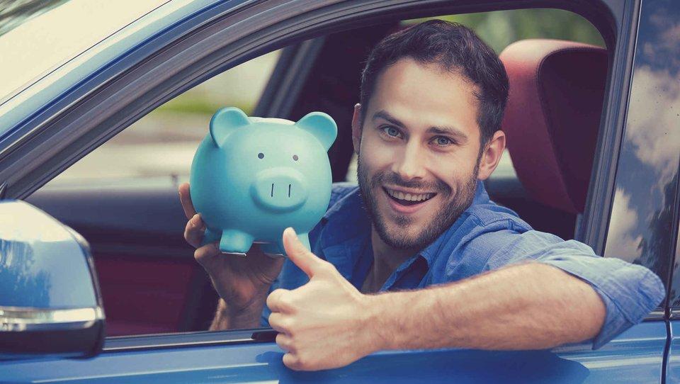 Jesteś młodym kierowcą? Sprawdź, ile zapłacisz za ubezpieczenie samochodu