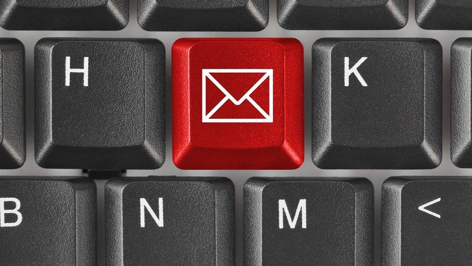 Dlaczego niektóre firmy rezygnują ze-maili?