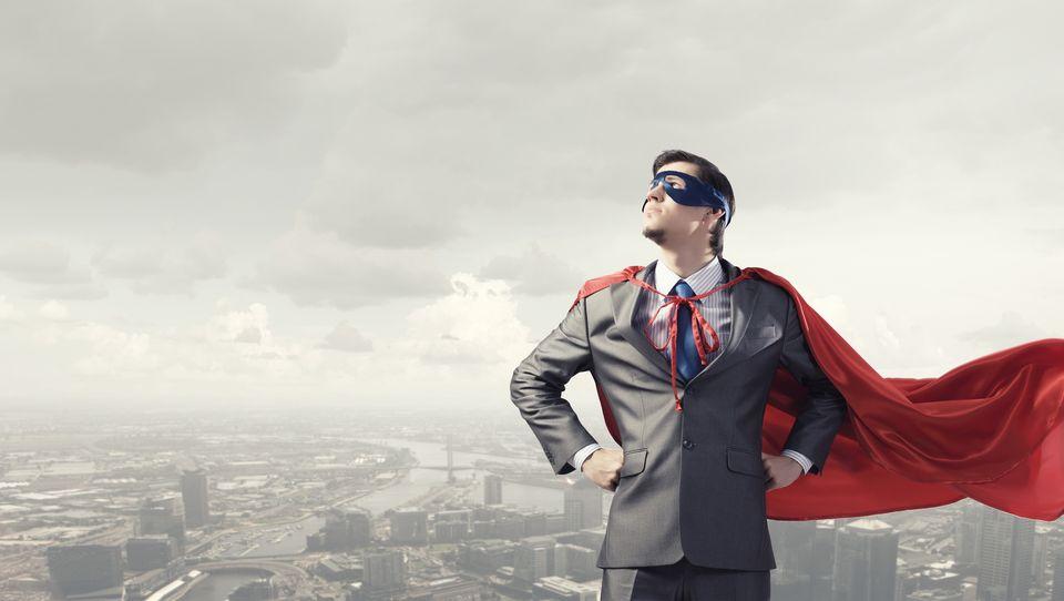 Jak wyróżniać iwspierać herosów worganizacji?