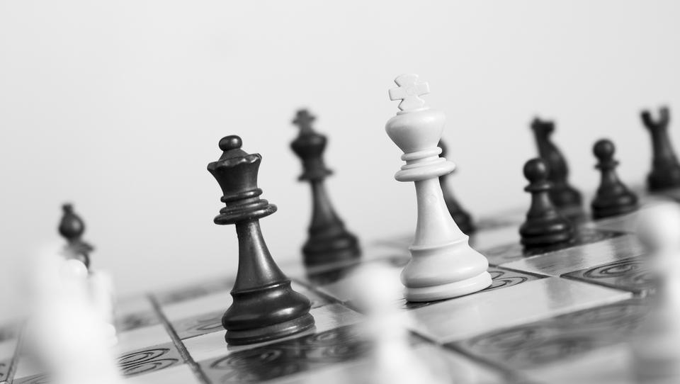 Tyrania męskiego modelu przywództwa – manifest