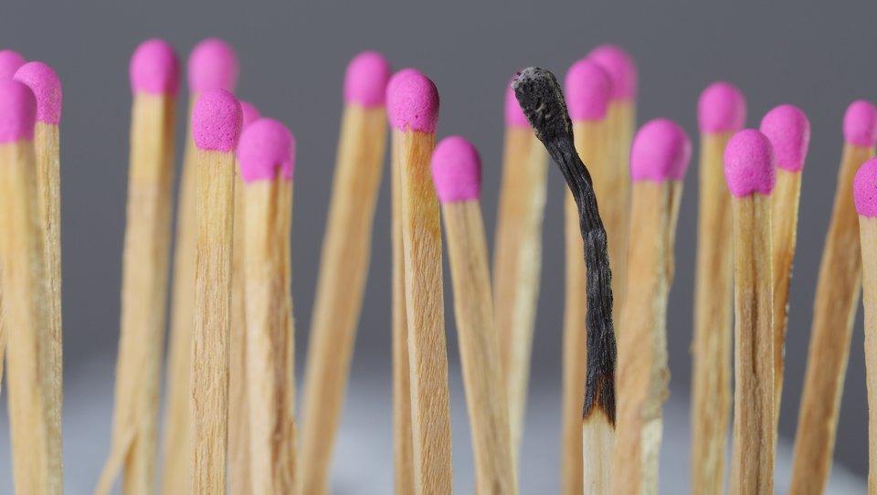 Dlaczego niektórych dotyka wypalenie emocjonalne, ainnych nie?