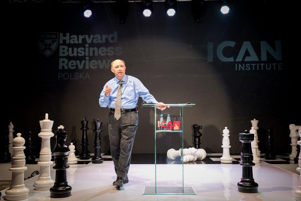 Dr Frank Cespedes: Wygrywająca strategia sprzedaży