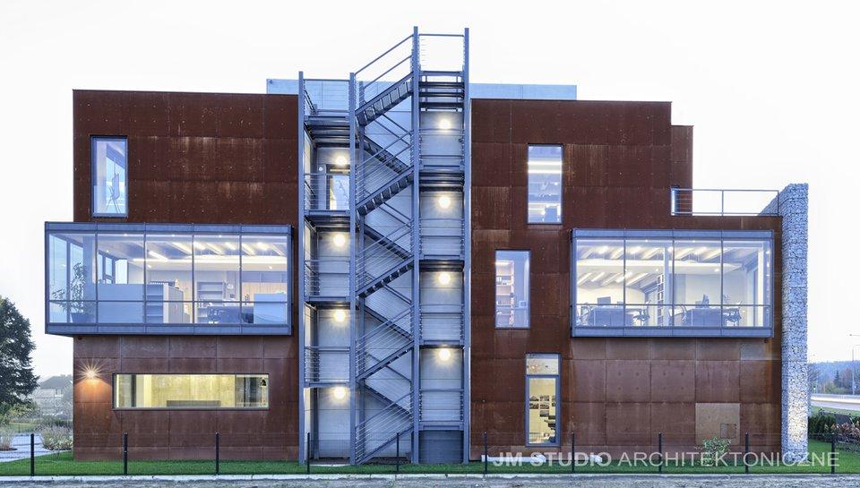 Budynek INTOP OFFICE projekt irealizacja: JM STUDIO Architektoniczne Magdalena Ignaczak Jacek Kunca, autor zdjęć: Mariusz Purta