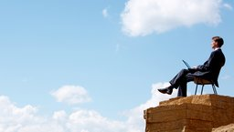 Jak utrzymać motywację, kiedy wszyscy inni są na urlopie?
