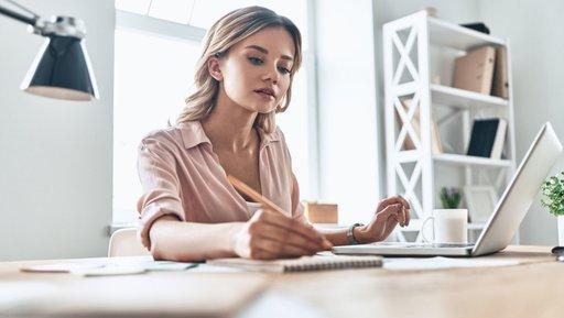 Jak dopasować faktoring do potrzeb małej firmy?
