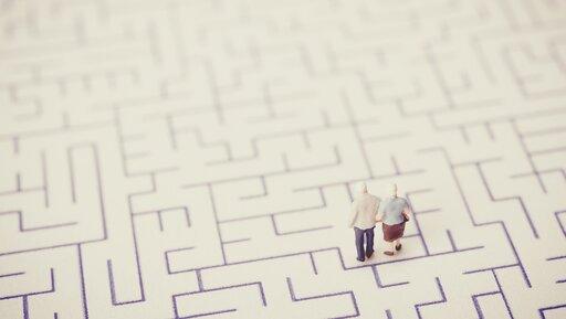 Dlaczego firmy powinny częściej korzystać zdoświadczenia seniorów?